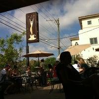 Foto tirada no(a) Empire Cafe por Sarah G. em 4/1/2012
