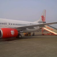 Photo taken at JT578 CGK-SUB / Lion Air by andie k. on 8/14/2012