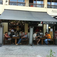 Photo taken at Pizzoteca by Sotiris M. on 9/18/2011