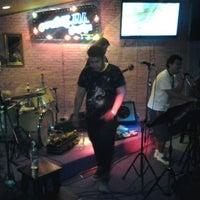 Photo taken at อยากให้รู้นะว่าสนุก by Danai A. on 12/4/2011