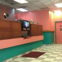 Photo taken at Los Favoritos by Tom S. on 1/22/2012