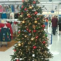 Photo taken at Walmart by Kumaran B. on 11/20/2011