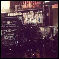 Foto tirada no(a) The Institute Bar por Rome S. em 11/2/2011