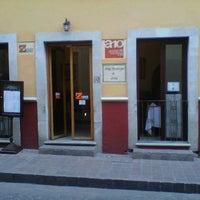 Foto tomada en Alonso 10 Hotel Boutique & Arte por José Luis R. el 8/7/2012