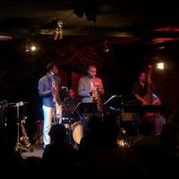 Foto diambil di DazzleJazz oleh Eddie B. pada 9/10/2011