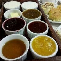 Photo prise au Bela Vista Café Colonial par Hugo S. le12/30/2011