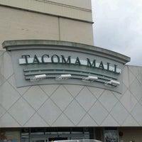 Foto scattata a Tacoma Mall da Jeremy G. il 5/31/2012