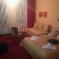 Photo taken at Hotel Medium by Michał N. on 9/27/2011