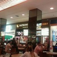 Photo taken at Patroni Premium by Flávio M. on 4/1/2012