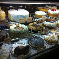 Photo taken at The Cheesecake Factory by Richard W. on 5/24/2012
