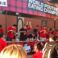 Photo taken at Smokes Poutunerie 2nd Annual World Poutine Eating Championship by Peter J. on 9/24/2011