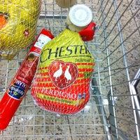 Photo taken at Supermercado Bretas by Alberto A. on 12/20/2011