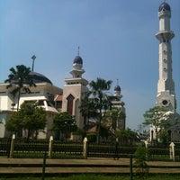 Photo taken at Masjid Agung At-Tin by Arief N. on 5/25/2012