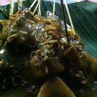 12/10/2011 tarihinde Yon Joviziyaretçi tarafından Sate Padang Ajo Ramon'de çekilen fotoğraf