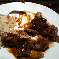 Photo taken at LongHorn Steakhouse by Gray M. on 2/19/2012