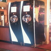 Photo taken at Fuddruckers by Haley B. on 4/28/2011