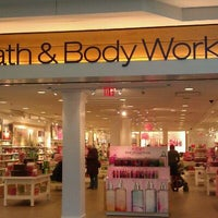 Photo taken at Bath & Body Works by Akos A. on 2/6/2012