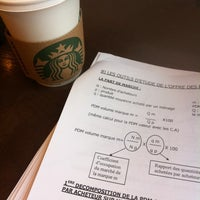Photo taken at Starbucks Coffee by Jérôme S. on 3/10/2012