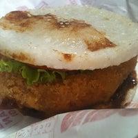 Photo taken at Qinoyee Burger Nasi by M. B. on 1/17/2012