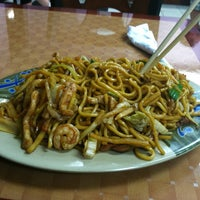 Photo taken at Great Wall Chinese Food by Johnny H. on 8/17/2011