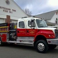 Foto tirada no(a) Jefferson Township Fire Company #1 por Erica J. em 11/13/2011