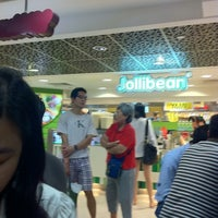 Photo taken at Jollibean by Marcus L. on 1/21/2011