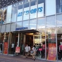 8/19/2012にphanlinhがART SPORTS OD BOX 本店で撮った写真
