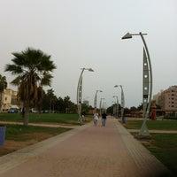 Photo taken at (الممشى (شارع فيصل بن فهد by Sooma😍 on 8/4/2012