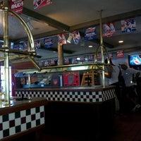Photo taken at Pizza Hut by Yenny A. on 6/30/2012