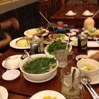 Photo taken at Com ga Hong Xuong by MAX P. on 5/31/2012