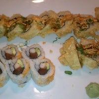 Photo prise au Hako Sushi par Tamara N. le2/14/2012