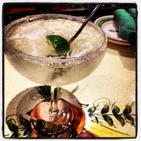 Photo taken at Olive Garden by Lili A. on 4/22/2012