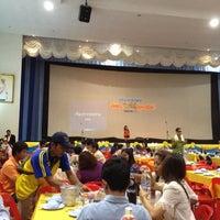 Photo taken at หอประชุมธูปะเตมีย์ กองบิน 7 by Apchai S. on 5/3/2012