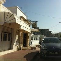 Photo taken at Kmar Patisseries Tunisienne by merKKur🌃 on 7/30/2012