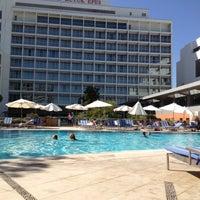 8/31/2012 tarihinde Asli A.ziyaretçi tarafından Swiss Otel Havuz'de çekilen fotoğraf