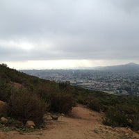 Photo prise au Cowles Mountain Summit par Johnna D. le3/23/2012