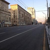 Photo taken at Ленинский проспект by Максим Ж. on 7/28/2012