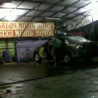 Photo taken at Cuci Mobil Gamprit by dany E. on 7/24/2012