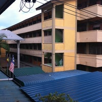 Photo taken at SK Perbandaran Sibu No 3 by Tengku F. on 2/28/2012