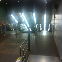Photo taken at MTA Subway - Roosevelt Island (F) by Scott B. on 5/7/2012