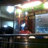 Photo taken at Restoran samudera sunway city ipoh by Tixon H. on 7/3/2012