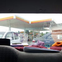 Photo taken at Shell rhu rendang by Azli A. on 8/21/2012