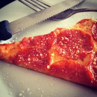 Foto tomada en Stizzoli por Heissel C. el 3/31/2012