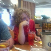 Photo taken at Buffalo Wild Wings by Yvette B. on 8/13/2012