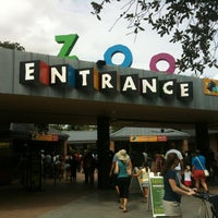 Foto scattata a Houston Zoo da Christian M. il 7/7/2012