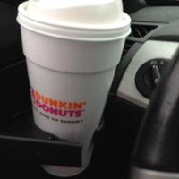 Foto diambil di Dunkin Donuts oleh Eric L. pada 6/9/2012