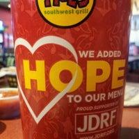 Снимок сделан в Moe's Southwest Grill пользователем John R. 2/11/2012