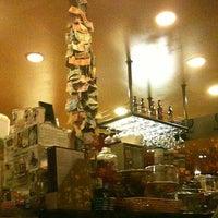 4/22/2012 tarihinde S H.ziyaretçi tarafından Kopi Café'de çekilen fotoğraf