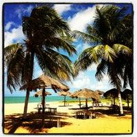 รูปภาพถ่ายที่ Praia de Guaxuma โดย Ana R. เมื่อ 6/1/2012