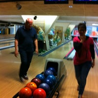 Photo taken at Bowlingcentrum 's-heerenberg by Edith B. on 4/14/2012